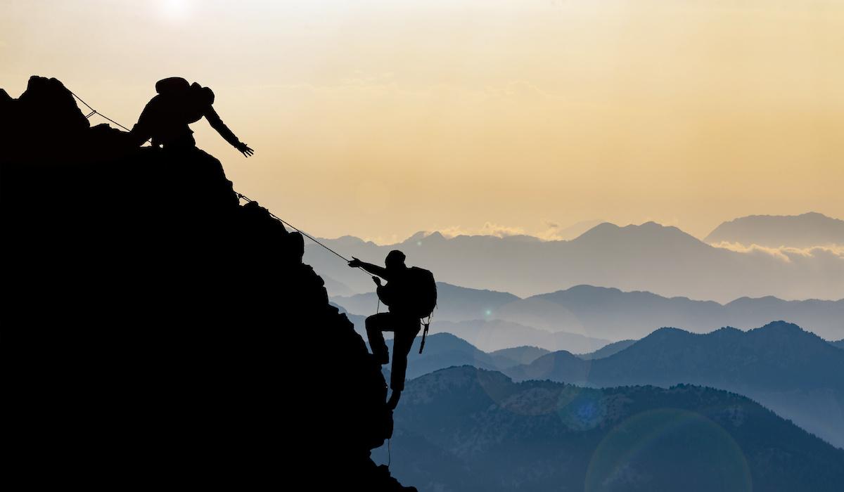 敬意コンサルティング山を登る