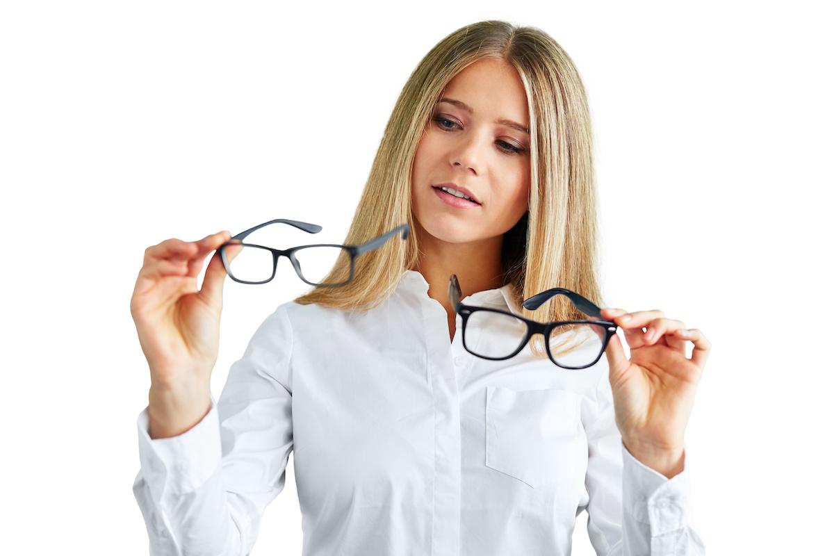 経営者はメガネを選ぶ
